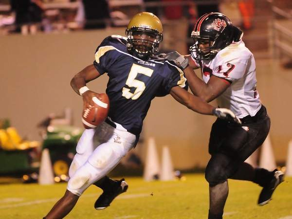 2010 Michigan Wolverine QB Cornelius Jones